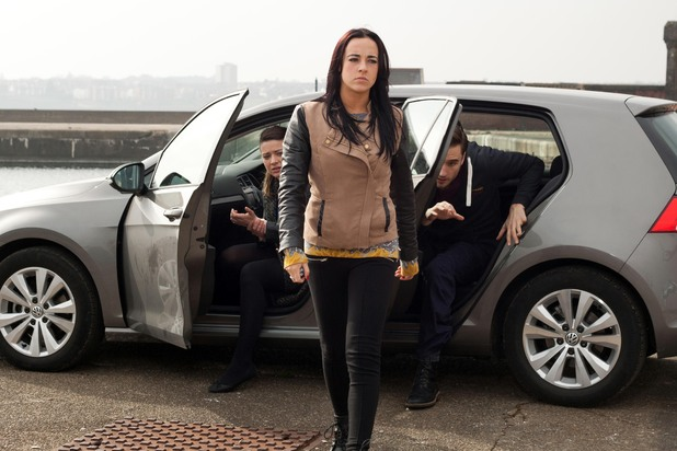 Hollyoaks, Sinead threatens Freddie and Lindsey, Thu 22 May