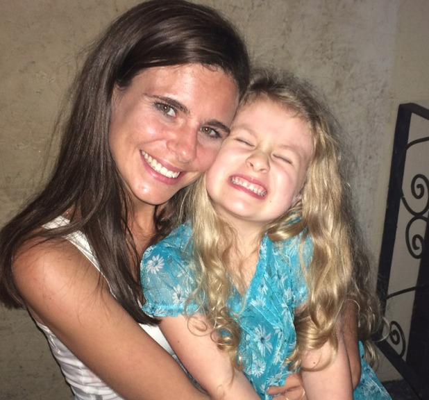 Deanna Lori Grace - Weight Loss - Pictured with daughter