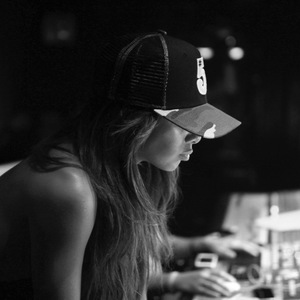 Nicole Scherzinger behind the scenes recording studio pics (29 May).