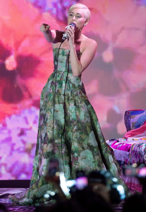 Miley Cyrus performing at World Music Awards, Monte Carlo, Monaco - 27 May 2014