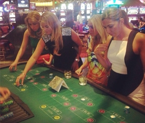 Billi Mucklow tries her hand at gambling in Las Vegas - 13 June 2014