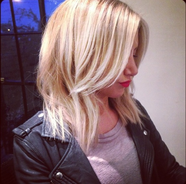 Ashley Tisdale shows off her new long bob haircut in an Instagram picture - 9 June 2014