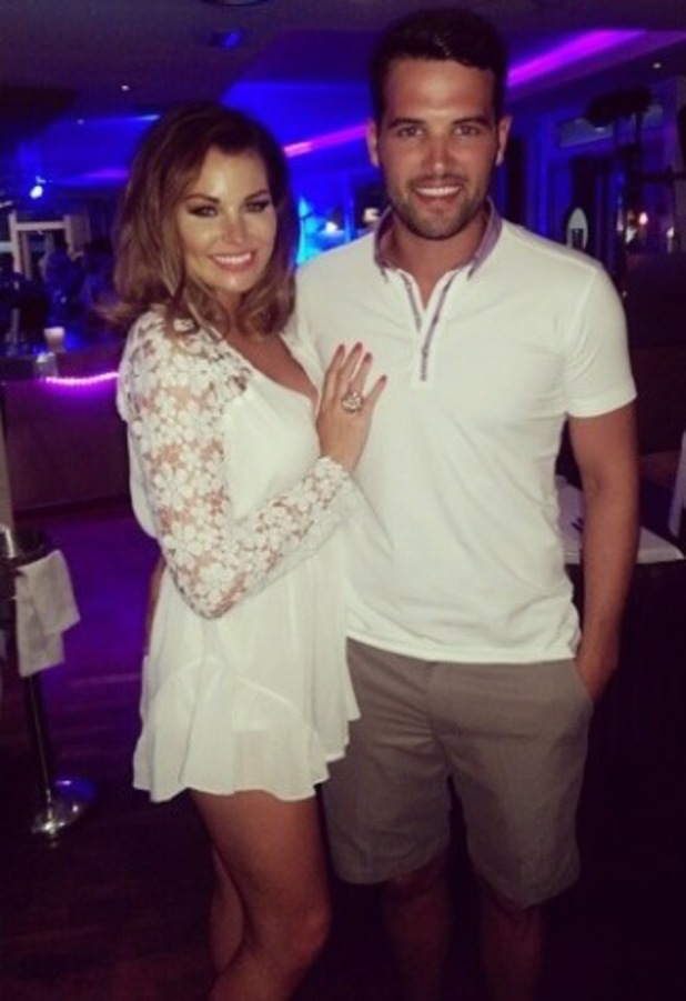 Jessica Wright and Ricky Rayment join co-stars for a TOWIE meal in Marbella - 9 June 2014