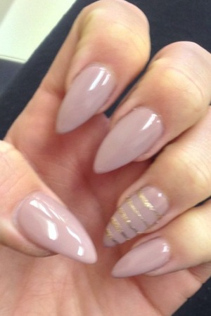 Lydia Bright's nails on The Only Way Is Marbs on 22 June 2014
