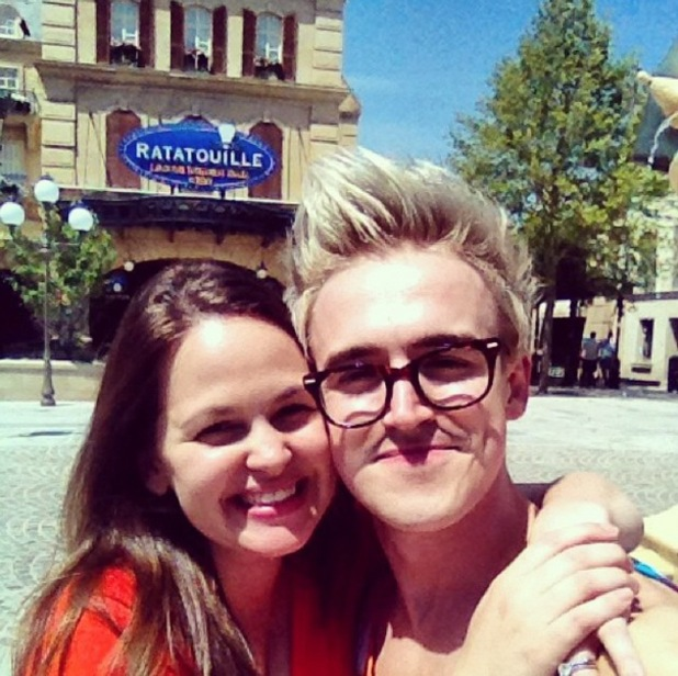 Tom Fletcher, Giovanna Fletcher, Disneyland Paris, Instagram, 22 June