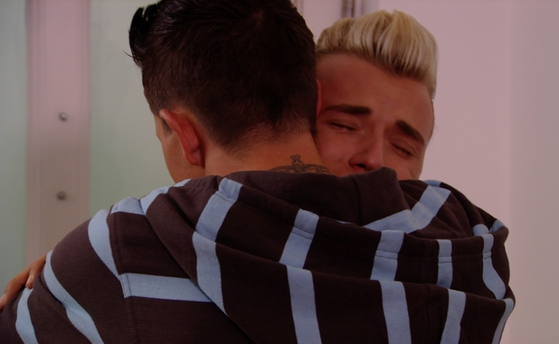 TOWIE's Bobby Norris moves in with Gemma Collins, Harry Derbidge begs for forgiveness - 2 July 2014