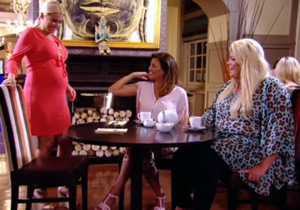 TOWIE's Jessica Wright and Gemma Collins meet pregnant Billie Faiers for coffee - 2 July 2014