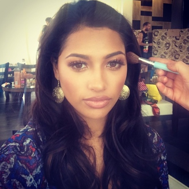 Vanessa White shows off a bronzed make-up look in an Instagram picture - 30 June 2014