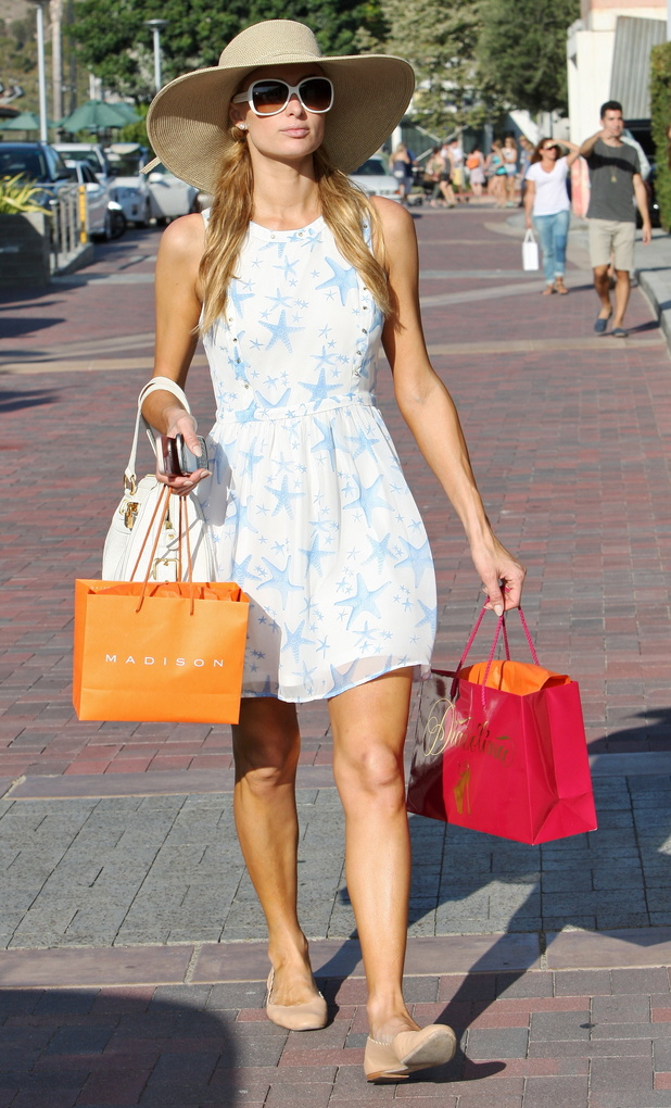 Paris Hilton goes shopping in Malibu, America - 5 July 2014