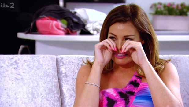 Jessica Wright cries as she moves into her own flat without Ricky Rayment - 7 July 2014