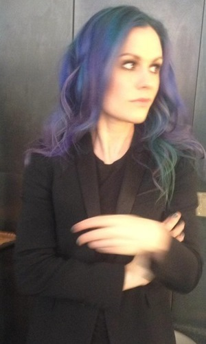 True Blood's Anna Paquin shows off new purple hair colour in a Twitter picture - 16 July 2014