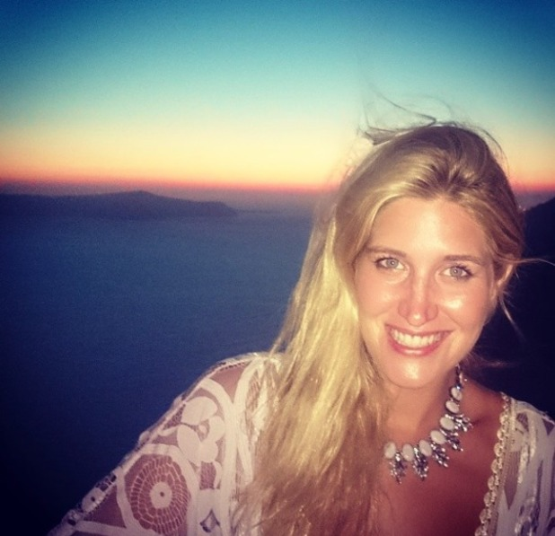 Cheska Hull's no make-up, holiday selfie in Santorini, 14 July 2014
