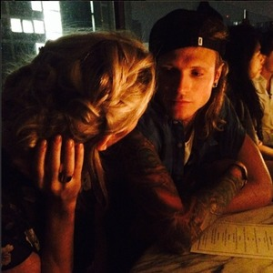 Ellie Goulding shares picture of her and boyfriend Dougie Poynter, 26.7.14
