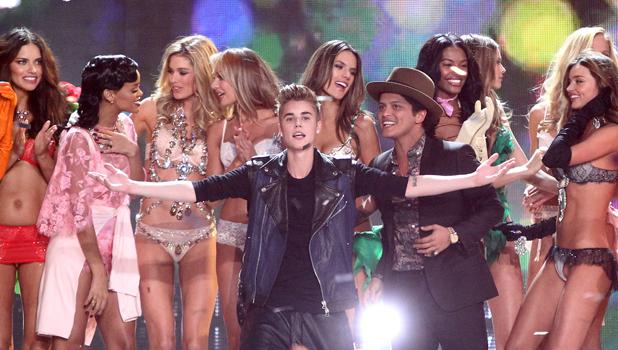 Adriana Lima, Justin Bieber, Bruno Mars, Rihanna, Doutzen Kroes, Miranda Kerr, Alessandra Ambrosio, Victoria's Secret Fashion Show, Lexington Armory, New York, America - 07 Nov 2012