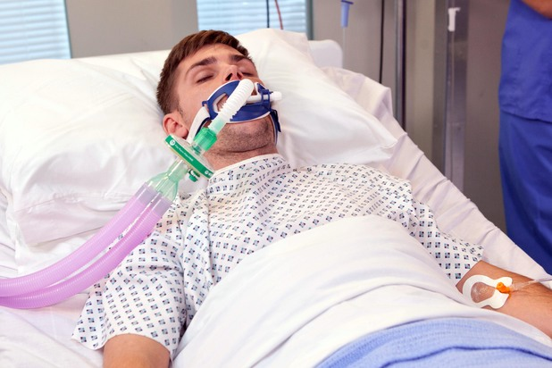 Hollyoaks, Ste in hospital, Thu 7 Aug