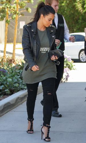 Kim Kardashian goes shopping at Topanga Mall in Canoga Park with a Kanye West Yeezus tour shirt on, 5 August 2014