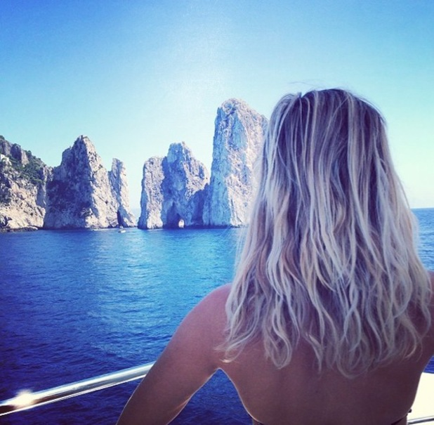 Reese Witherspoon in Capri, Italy