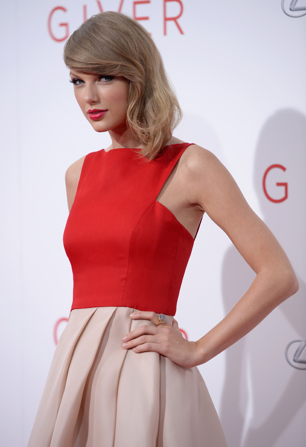 Actress Taylor Swift attends 'The Giver' premiere at Ziegfeld Theater on August 11, 2014 in New York City. (Photo by Dimitrios Kambouris/Getty Images)