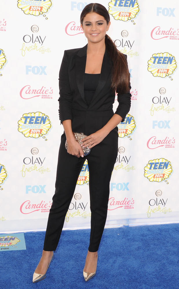 Selena Gomez wears a black suit at the Teen Choice Awards 2014 in Los Angeles, America - 10 August 2014