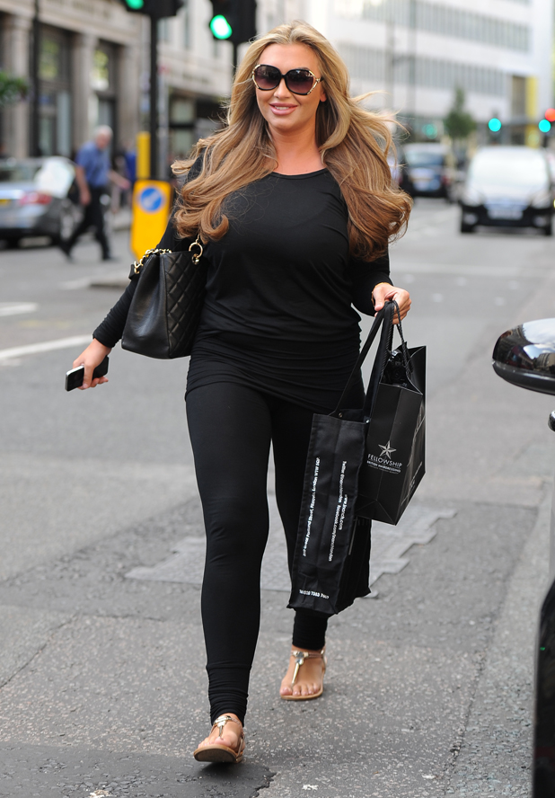 Lauren Goodger gets her hair done at Inanch London, 11 August 2014