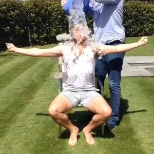 Olly Murs accepts his ALS ice bucket challenge, Instagram 20 August