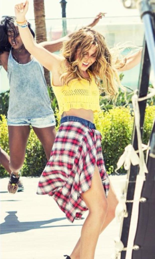 Cheryl Fernandez-Versini teases new music video I Don't Care, 24.8.14