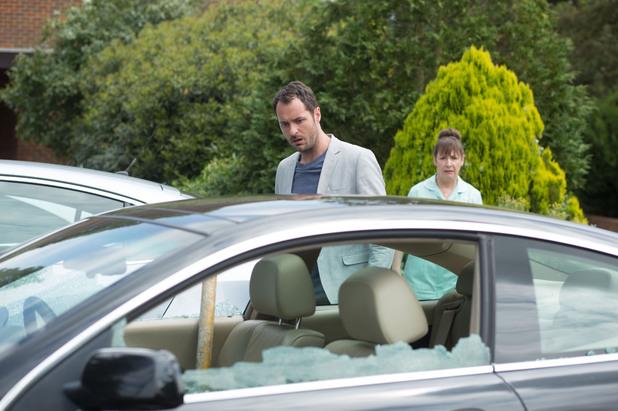EastEnders, Charlie's car is vandalised, Thu 21 Aug