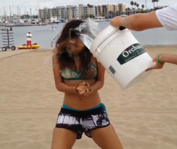 Nicole Scherzinger accepts ALS ice bucket challenge, Instagram 20 August