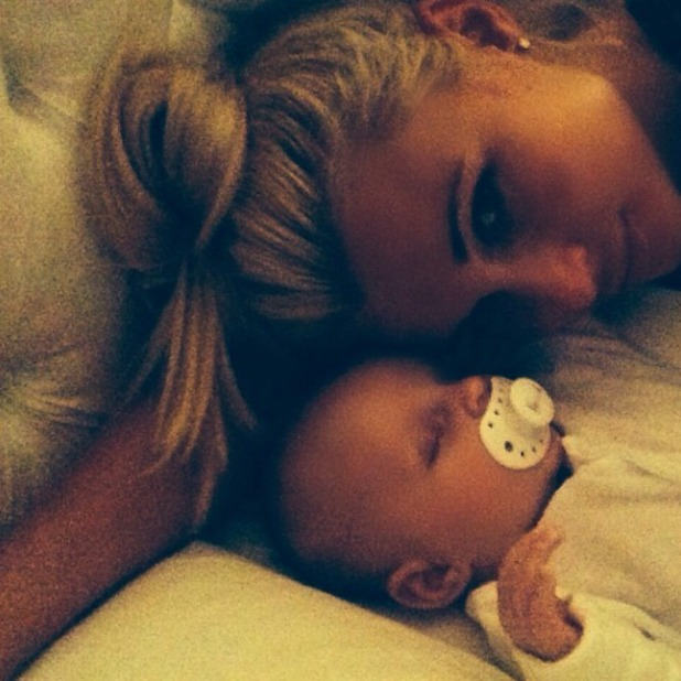 TOWIE's Billie Faiers shared adorable selfie with baby Nelly, 23 August 2014
