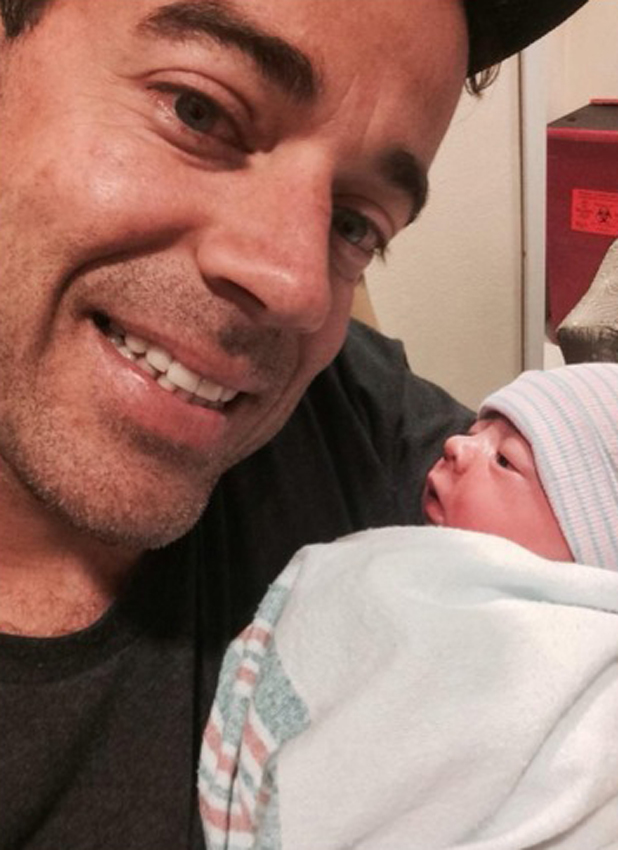 Carson Daly with newborn daughter London Rose, 21 August 2014