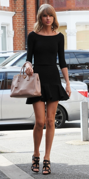 Taylor Swift spotted out in London 3 September
