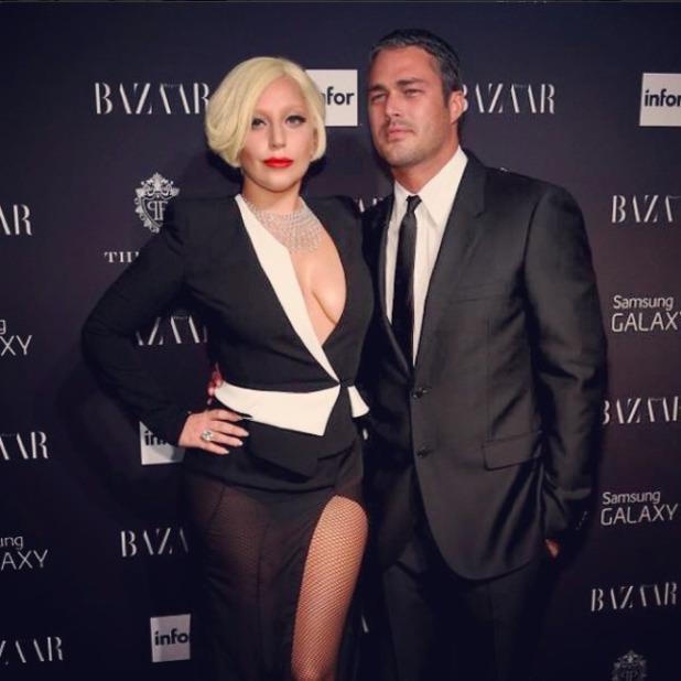 Lady Gaga Husband : Lady Gagas Rare PDA with Boyfriend