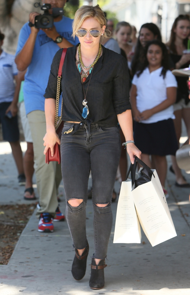 Hilary Duff goes shopping in Los Angeles, America - 29 August 2014