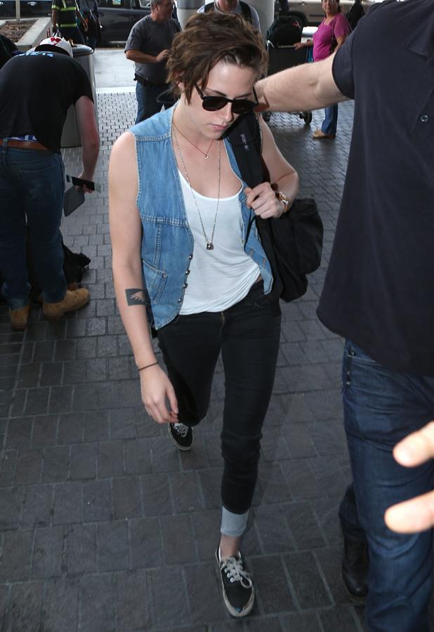 Kristen Stewart arriving at LAX airport, 3 September 2014