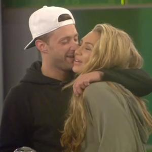 CBB: Ricci Guarnaccio steals a kiss from Lauren Goodger, 2 September 2014