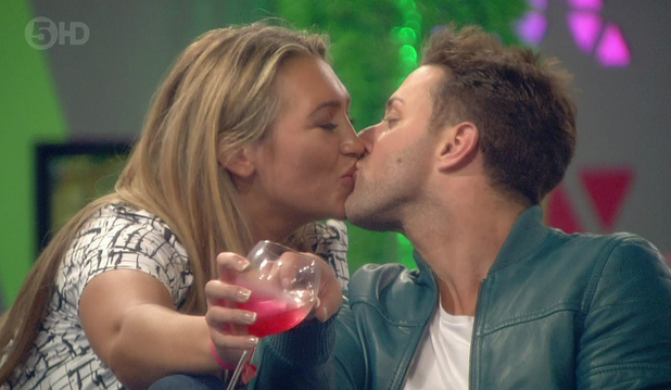 Lauren Goodger and Ricci Guarnaccio kiss in CBB house - 3 September 2014.