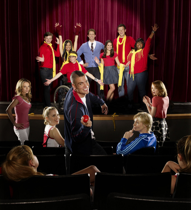 Glee (FOX) Season 1, 2009 - cast photo.