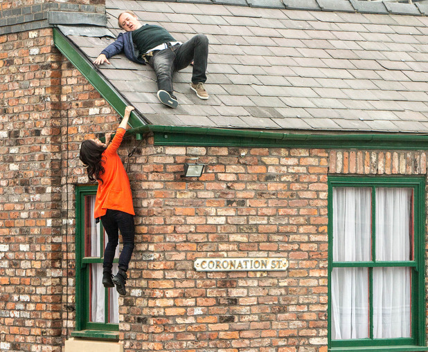 Corrie, Andrea and Neil on the roof, Fri 26 Sep