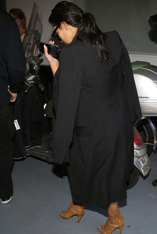 Kim Kardashian arrives at a photo studio on September 26, 2014 in Paris, France. (Photo by Marc Piasecki/GC Images)