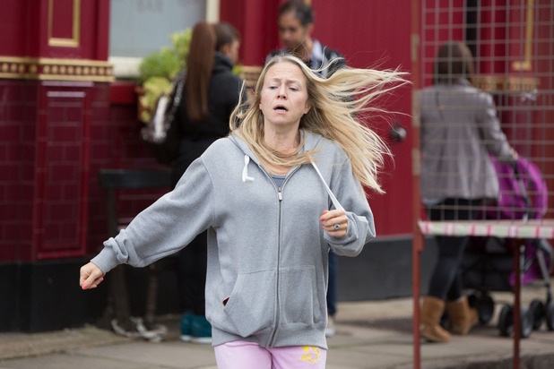 EastEnders, Linda can't cope, Tue 7 Oct