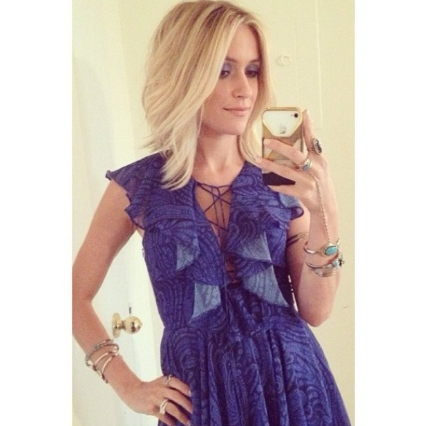 Kristin Cavallari takes a picture of her new haircut before heading to the launch of her new jewellery line - 2 October 2014