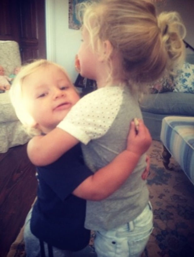 Jessica Simpson shares photo of children Ace and Maxwell hugging (1 October).