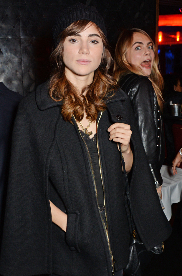 Suki Waterhouse shows off her new brunette hair while at The Arts Club with Cara Delevingne - 27 September 2014