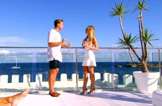 TOWIE - Lewis Bloor and Lauren Pope split in Ibiza. Aired 8 October on ITVBe.