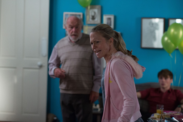 EastEnders, Linda loses it, Mon 13 Oct
