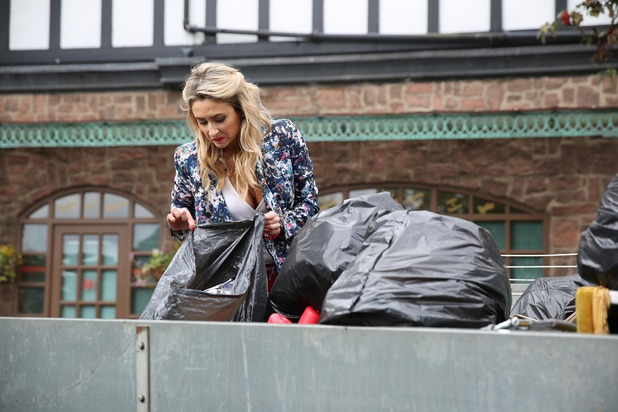 Hollyoaks, Carmel searches through the rubbish, Tue 14 Oct