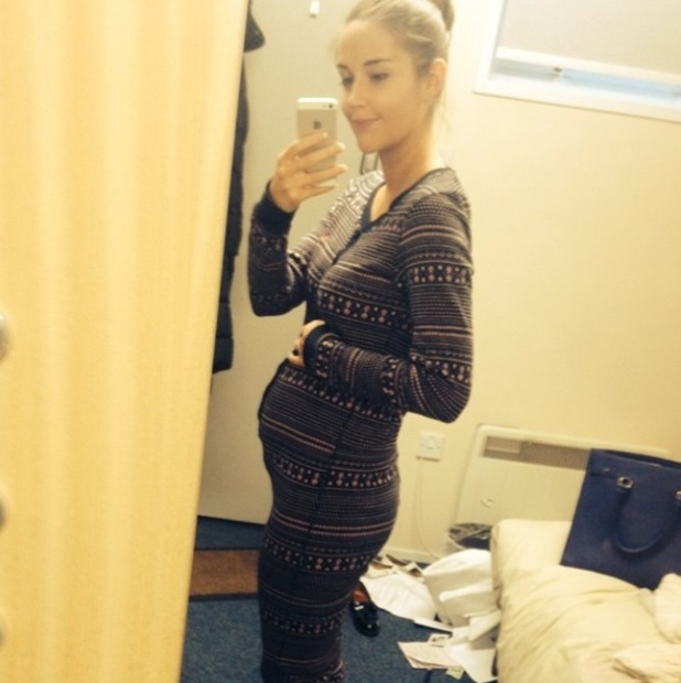Jacqueline Jossa shows off her baby bump - 10 October 2014
