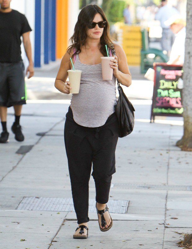 Rachel Bilson is seen on October 06, 2014 in Los Angeles, California. (Photo by Bauer-Griffin/GC Images)