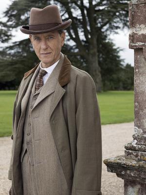 Downton Abbey, Simon Bricker - Richard E Grant, Sun 19 Oct