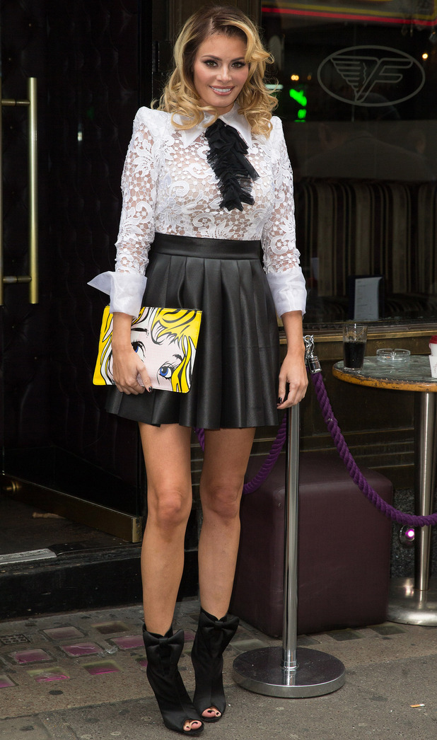 'The Only Way Is Essex' cast arrive to film at the Freedom Bar in Wardour Street - Chloe Sims - 15 Oct 2014